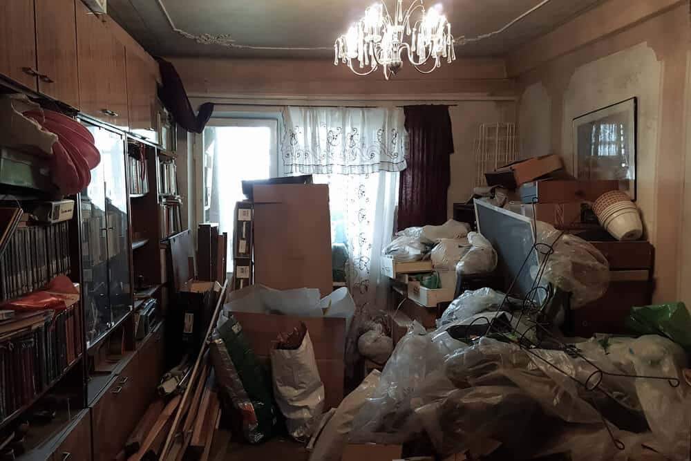 Hoarding rubbish removal